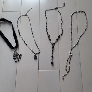 Jewelry - 4 necklaces for one price